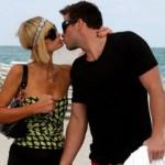Paris Hilton bacia Doug Reinhardt