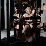 Modelle oversize per Chanel